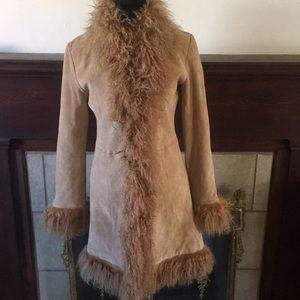 🦊 Marvin Richards camel suede and fur coat.